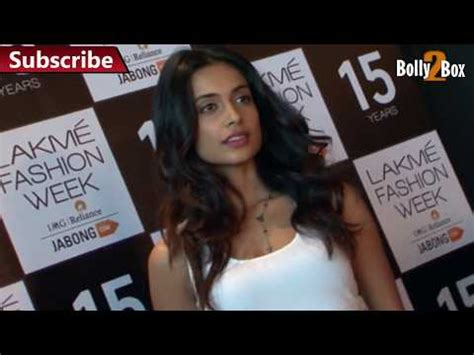 Dres Maggo Hq richa chadda at 5th world day 2015 doovi