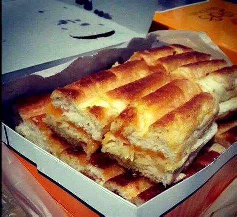 roti bakar bandung   variannya menggoda selera