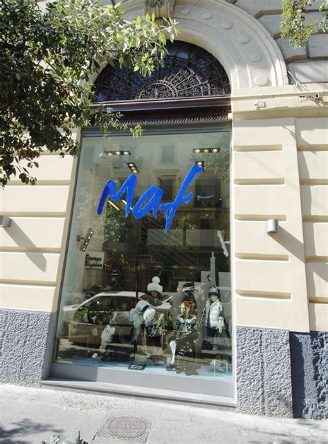 negozi di arredamento napoli arredamento negozio abbigliamento bambini maf napoli cania