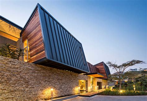 modern comfortable house in south africa albizia house by googie architecture albizia house by metropole architects
