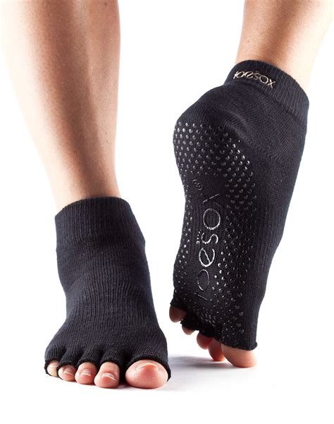 toe grips toesox s grip half toe ankle socks