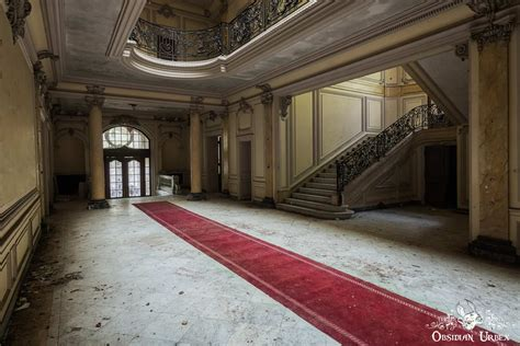 chateau lumiere france obsidian urbex photography