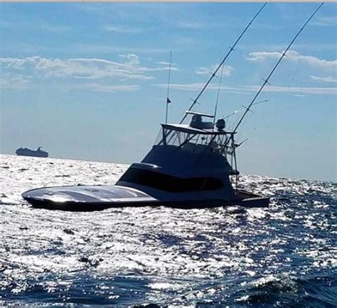 fishing boat sinks 55 foot custom sport fishing boat sinks in tournament off