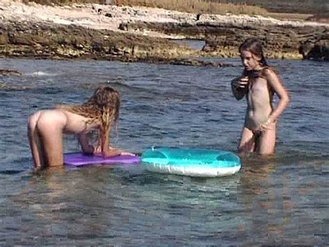 Young Naturist Holiday Inn Photo Sexy Girls