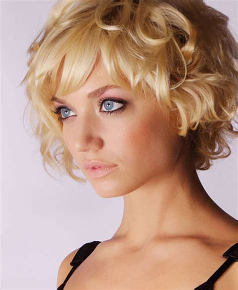 short wavy blonde hair cuts cute short hair ideas 2012 2013 short hairstyles 2017