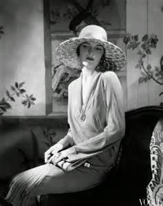 of the 1920s 15 vintage photos show beautiful fashion of the 1920s