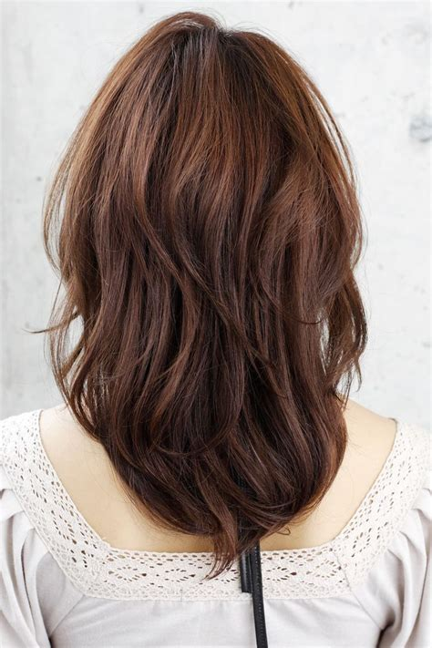 hair back of medium layered hair back hair makeup pinterest