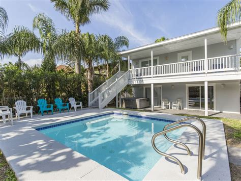 south padre island house rentals with pool modern house with pool 1 2 block from