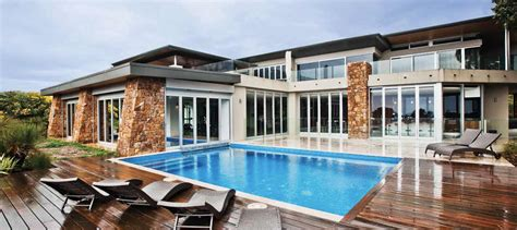 buying a holiday house 5 things to remember when buying a holiday house business insider