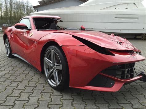 Preis Ferrari F12 by Ferrari F12