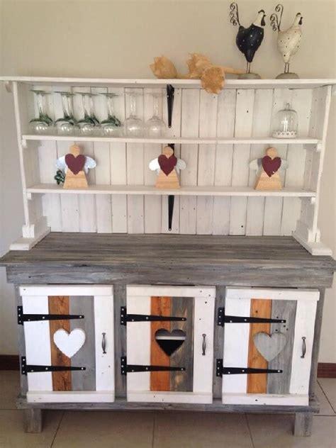 Inspired Pallet Kitchen Cabinets Ideas   Pallets Designs