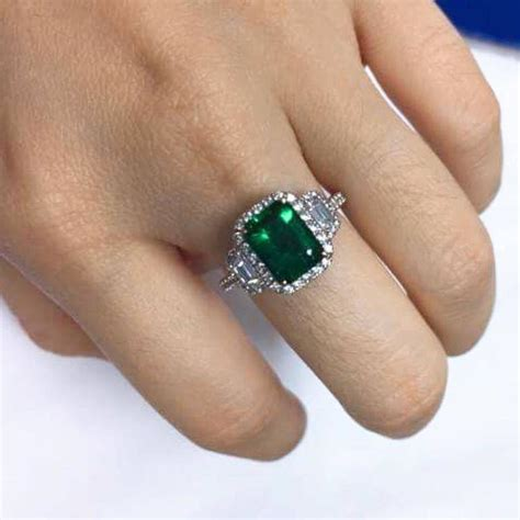 green emerald ring for sale at 1stdibs
