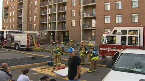 Kitchen Island Calgary by Kitchen Fire Prompts Evacuation Of Northwest Highrise