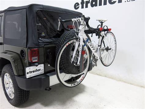 Jeep Jk Bike Rack Jeep Wrangler Unlimited Yakima Sparetime 2 Bike Carrier