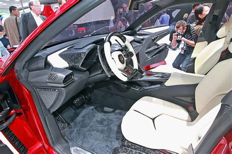 Urus Lamborghini Interior by 2018 Lamborghini Urus Release Date Pictures And News