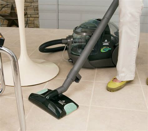 Carpet And Upholstery Cleaning Machines Reviews by Bissell Big Green Machine Review Carpet Cleaner Expert