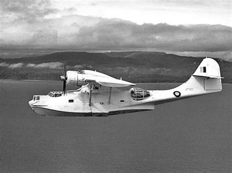 people fly out of boat flying boats sea planes i love em flying boats