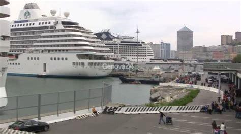 porto di genova traghetti porto di genova traffici stabili crociere e traghetti