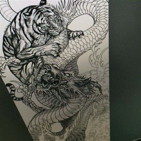 tattoo dragon vs tiger tiger and dragon i love the 3d aspect of this the way