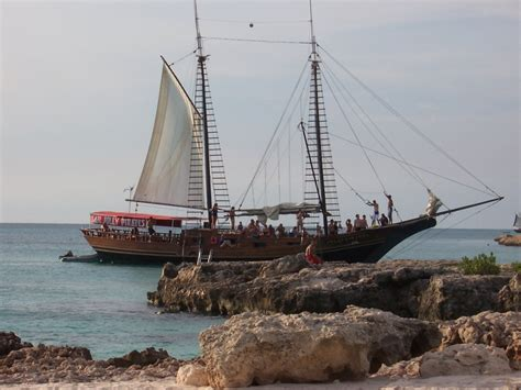 sailboat aruba 84 best images about jolly pirates sail on pinterest