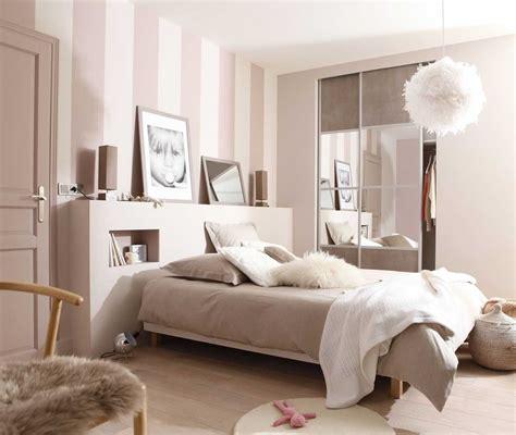 Merveilleux Chambre Blanc Et Taupe #4: Deco-Chambre-Taupe-Et-Beige-Collection-Avec-Chambre-Beige-Et-Blanche-Idaes-Daco-Des-Photos.jpg