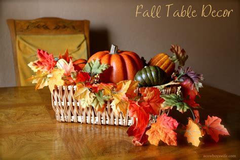 when can i decorate for fall fall decor table centerpiece with leaves and pumpkins