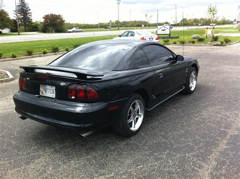 1997 ford mustang coupe specs