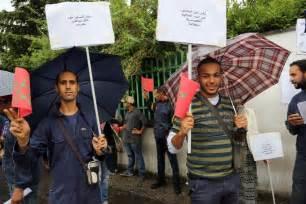consolato di bologna marocco protesta dei lavoratori marocchini contro il consolato di