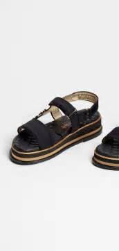 Sandals, satin-black - CHANEL Summer