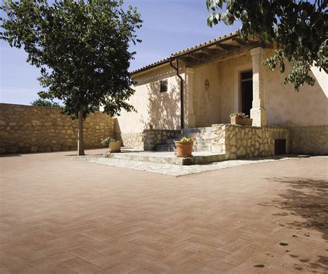 piastrelle in cotto per esterni collezione terre pavimenti effetto cotto per esterni ragno