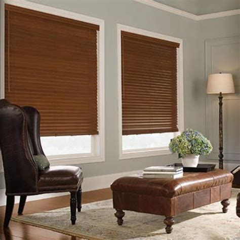 Living Room With White Wood Blinds Blinds Ideas Interior Desig Shades And Blinds