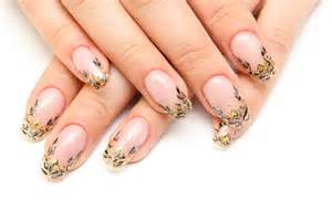 types of artificial nails tips for maintaining and