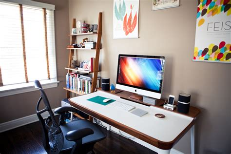 Small Desk Setup 30 Modern Imac Computer Desk Arrangement Home Design And Interior