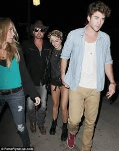 Mileys Parents Stay Together by Liam Hemsworth Joins Fiancee Miley Cyrus And Family To