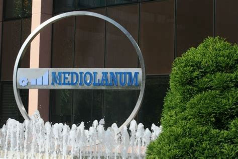 lavorare in banca mediolanum banca mediolanum assume personale in italia anche senza