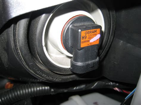 2012 nissan altima light bulb how to replace headl bulb 2012 nissan altima accessing