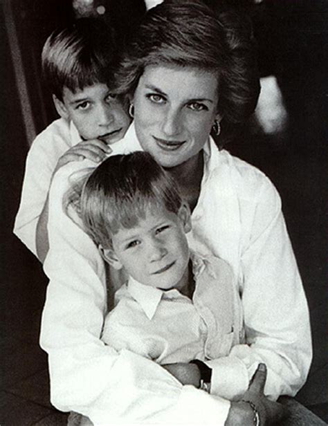 princess diana sons lady diana and sons william and harry moms are awesome