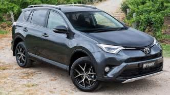Toyota Awd Cars 2016 Toyota Rav4 Gxl Awd Petrol Review Road Test Carsguide