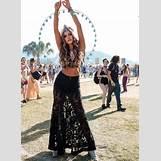 Vanessa Hudgens Fashion Style 2017   729 x 1000 png 1227kB