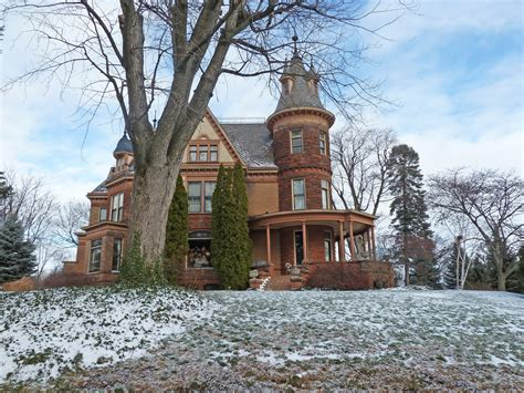 castle bed and breakfast henderson castle bed and breakfast architecture victorian style houses pinterest