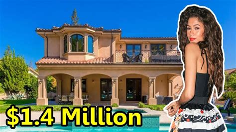 Celebrity Homes by Zendaya S House Tour 2017 1 5 Million Mansion Youtube