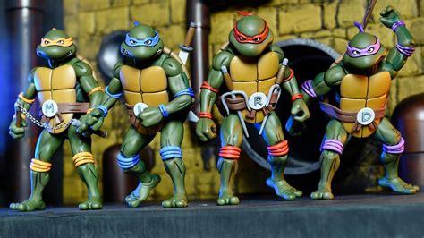 Set Mutant Turtles B 4 Karakter Berkualitas neca reveals their cool deadpool figure geektyrant