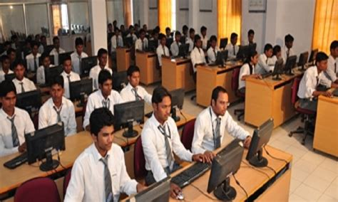 Vit Pune Mba Fees by Vedica Institute Of Technology Rkdf Vit Bhopal Admission