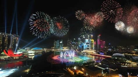 new year fireworks singapore 2015 holidays in singapore in 2016