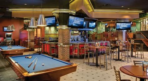 gp sports bar amp restaurant picture of amway grand plaza