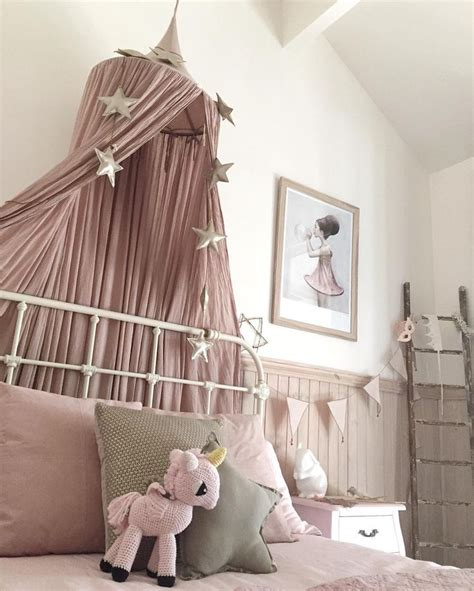 whimsical bedroom 1000 ideas about dusty pink bedroom on pink