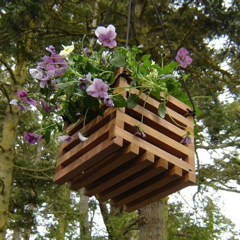 Gartendeko Aus Holz by Gartendeko Basteln Den Garten Originell Dekorieren