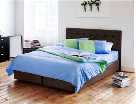 nachttisch grau für boxspringbett boxspringbett dekor schlafzimmer