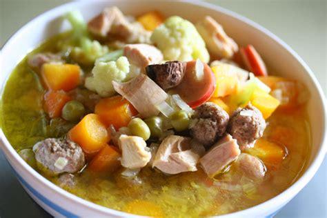 Murah Sosis Sapi Kecil Cater 2 resep sup ayam bening sosis gurih resep hari ini