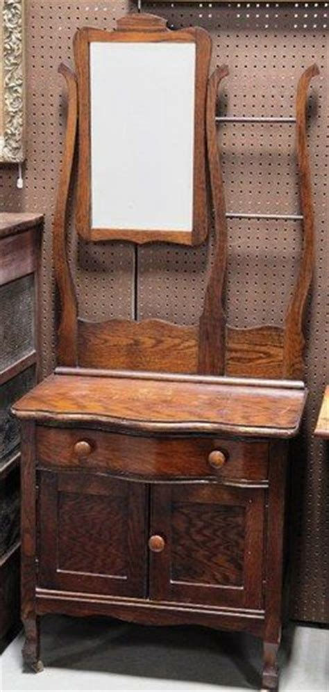 antique dresser with mirror and towel bar pin by debbie klinzing 2 on antique washstands toilet